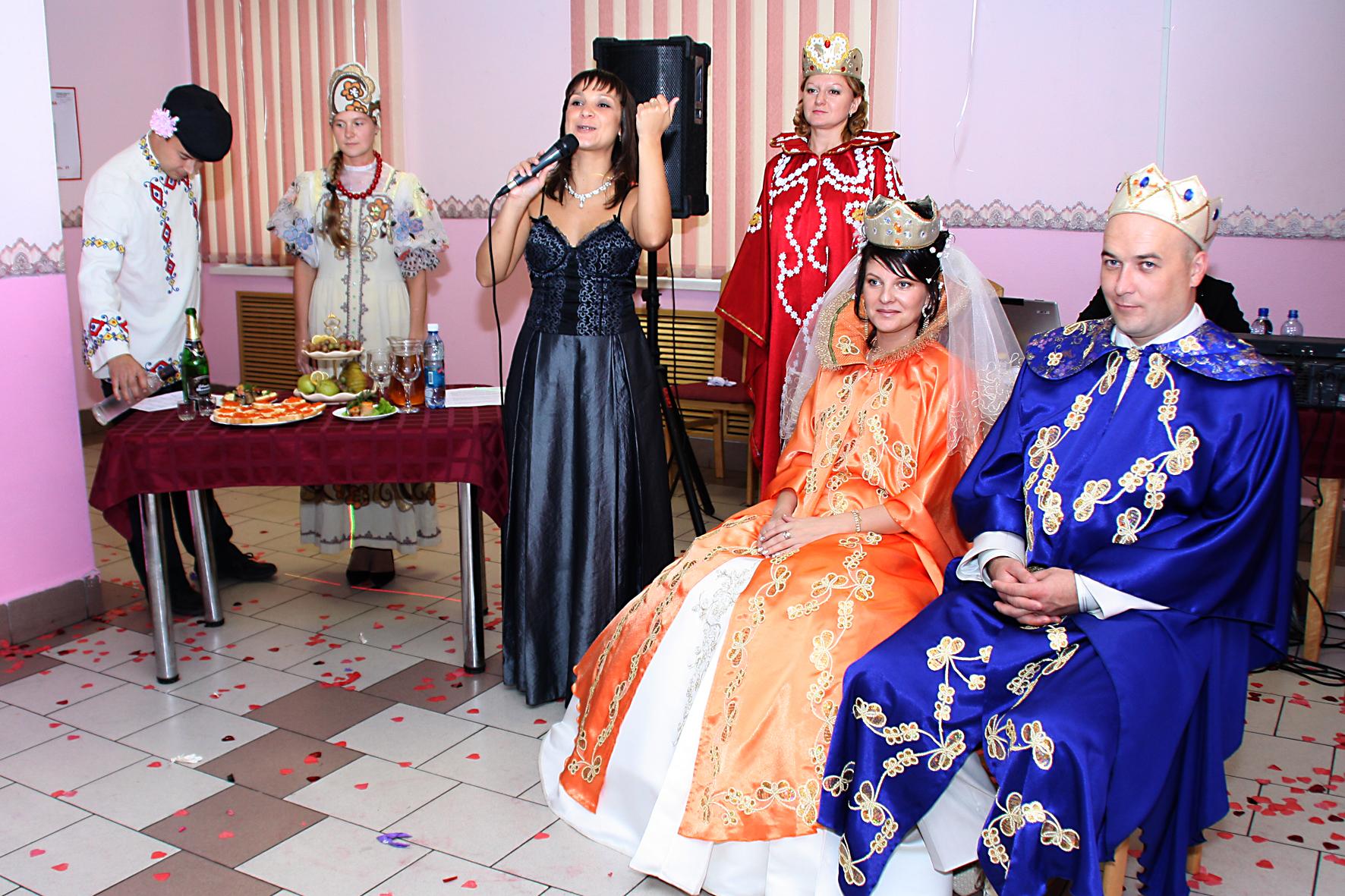 Свадебные поздравления костюмированные